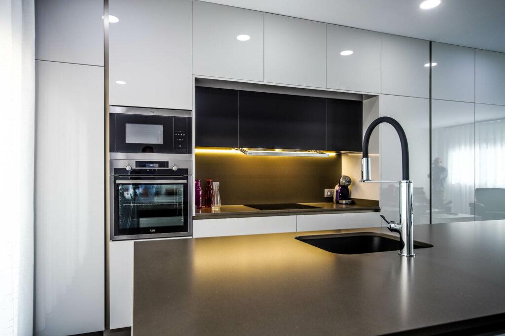 cocina moderna silestone
